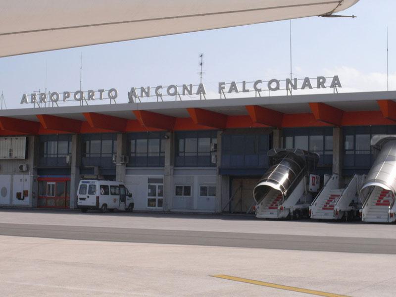 aeroporto falconara declassamento