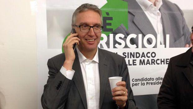 Regione Marche: interim di Ceriscioli alla Sanità vergognoso. Caso in Parlamento