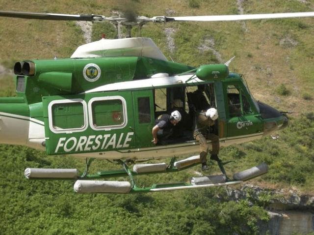 Elicotteri della Forestale fermi a Rieti e impossibilitati a volare in piena emergenza sisma. Altra farsa burocratica